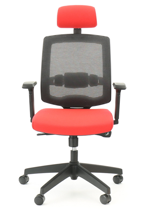 71a257d8e9a3 Židle je standardně vyráběna s plastovým křížem a plastovými zátěžovými  kolečky. Výška opěradla je včetně opěrky hlavy min. 70 cm
