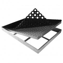 Kovová oceľová čistiaca vonkajšie vstupná rohož zo zváraných podlahových roštov s gumou s svorkami Galva, 60 X43 cm